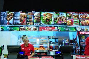 menuboard united chicken nad kasą